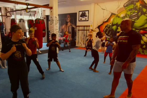 intro to kids boxing classes at Uniquw gym in Medway
