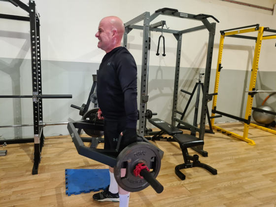 personal training client challenging